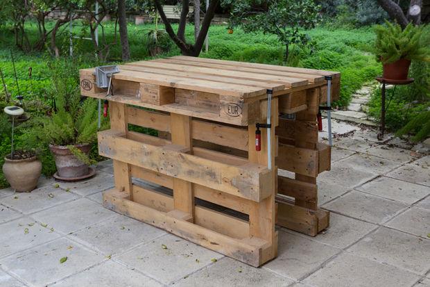 рабочий стол из паллет (поддонов) без гвоздей и шурупов