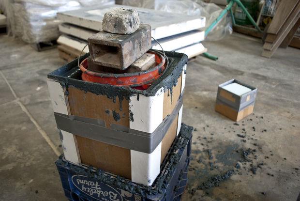 груз внутри картонных коробок