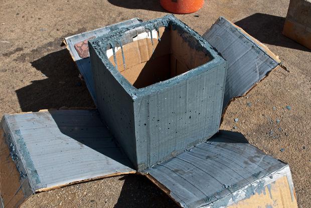 полностью смятая наружная коробка