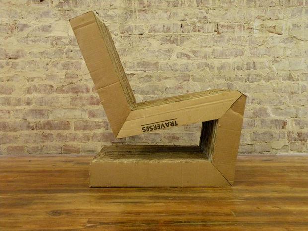 готовое кресло из картона вид сбоку