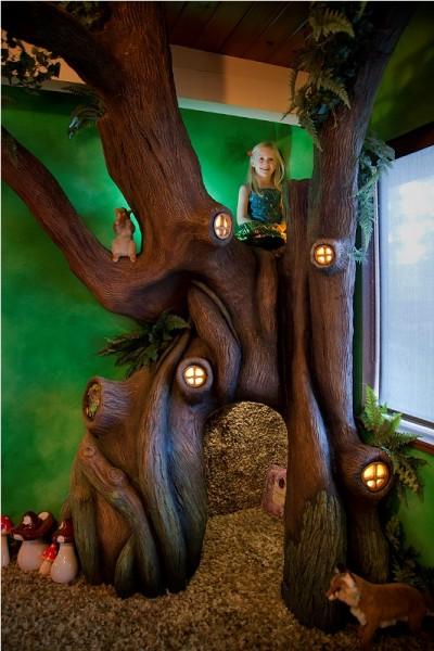 Верхняя зона отдыха декоративного дерева