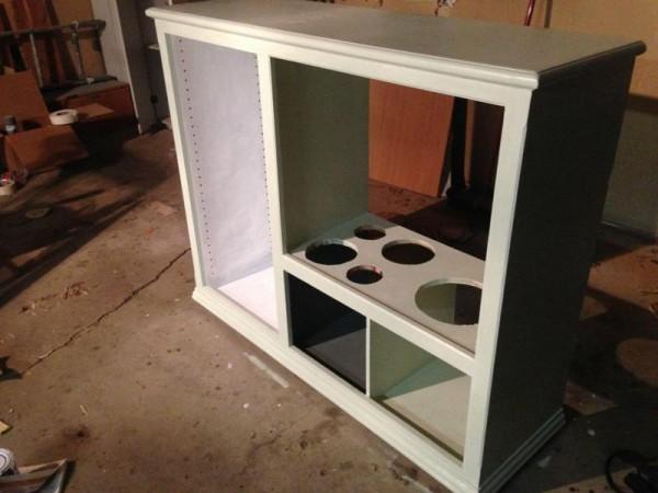 Покрашенный шкаф