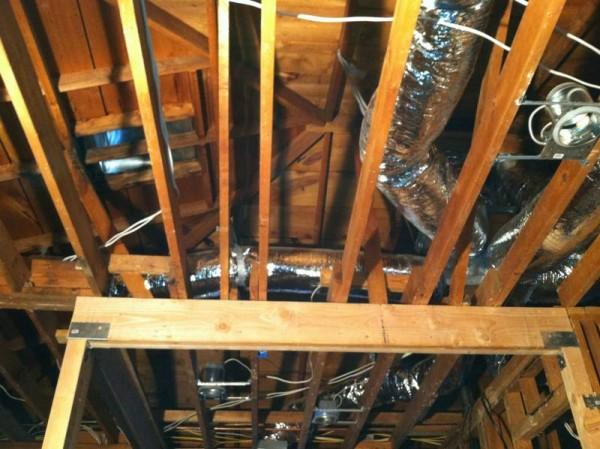 Трубы вентиляции в доме