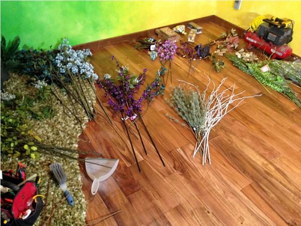Ветки искусственных растений