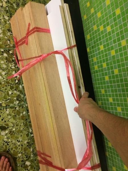 Связанные деревянные бруски