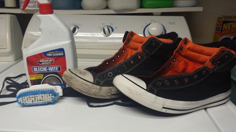 Как отбелить подошву кроссовки в домашних условиях