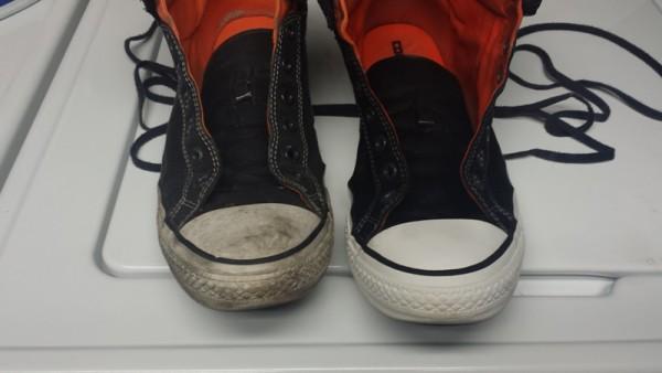 Чистый и грязный носок кросовка