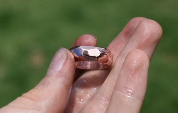Палированная внешняя поверхность кольца