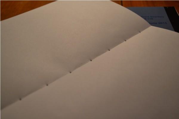 Готовая тетрадь с отверстиями по линии изгиба