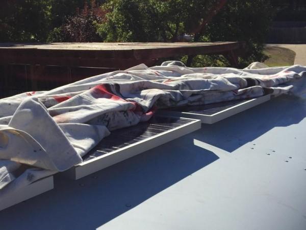 Солнечные батареи на крыше автобуса
