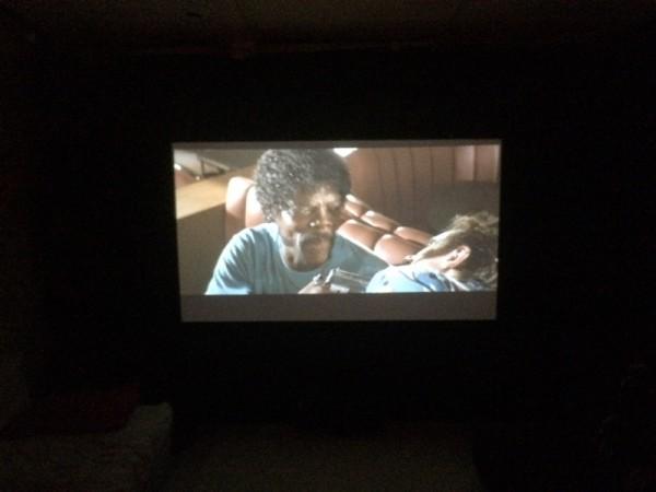 Фильм на экране в HD качестве