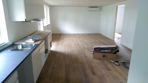 Кухонные шкафы с мойкой, вид сбоку