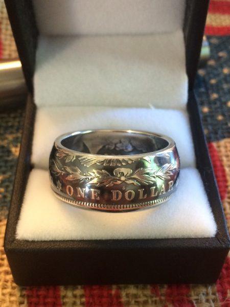 Кольцо из Доллара Моргана в коробке